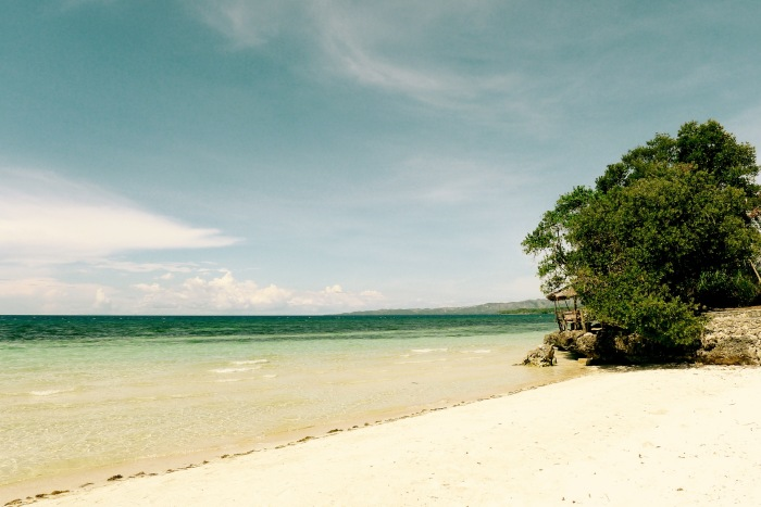 The white sand beach in Dumanhog, Siquijor. Photo by: Fr. Jboy Gonzales SJ