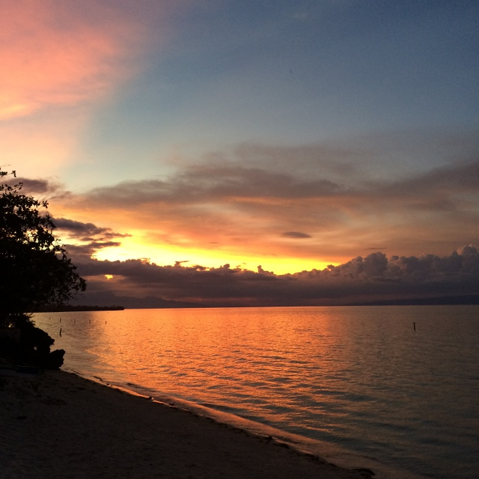 The sunset in Damulog, Siquijor is majestic. Photo: Fr. Jboy Gonzales SJ