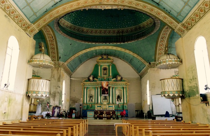 This is the apse of the San Isidro Labrador Church, Lazi, Siquijor. Notice the retablo and 2 pulpits. Photo: Fr. Jboy Gonzales SJ