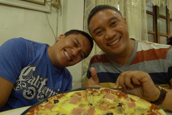 Small Talk Café 's Bicol pizza. Old Albay, Legazpi City. Here, with my brothers Jesse and Jayson. Photo: Fr. Jboy Gonzales SJ