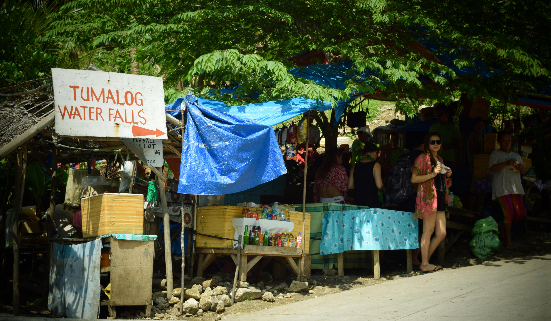 Vendors sell their goodies at the entrance to Tumalog Falls. Oslob, Cebu. 23 August 2015 Photo: Fr. Jboy Gonzales SJ